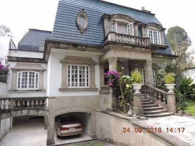 Se Vende Hermosa Residencia Tipo Inglés.