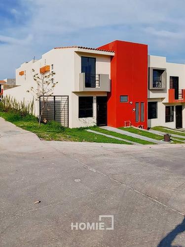 Imagen 1 de 12 de Cómoda Casa En Las Terrazas Residencial, Cerca De Periférico Sur, 6437