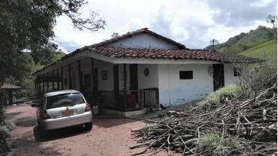 Finca Ganadera 411 Cuadras Sector La Paila Valle