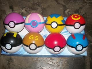 Pokemon Pokebolas + Figura Pokemon + Stikers Pokemon
