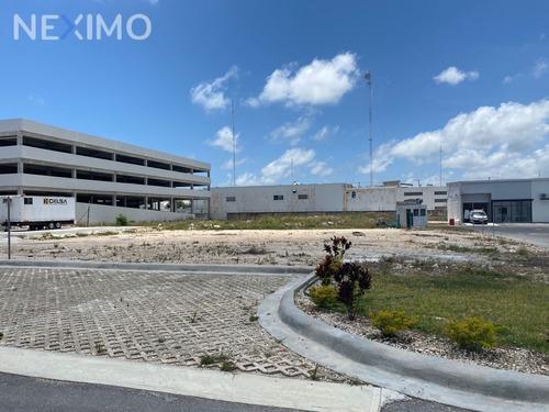 Imagen 1 de 8 de Venta De Terreno  Sobre Avenida Colosio En Cancun Quintana Roo