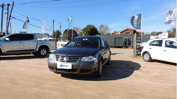 Volkswagen Bora Full 2014