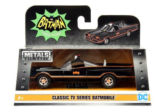 Auto Batimovil Clasico 1966 Escala 1:32 Wabro 98225