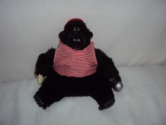 Pelucia Gorila Preto C Blusa Listrada Com Mecanismo Estrela