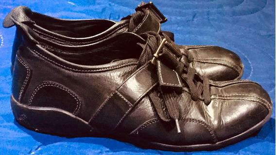 Zapatillas De Cuero Negras Con Cordones