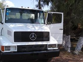 Mercedes-benz 2121