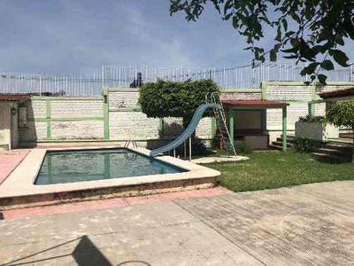 Se Vende Casa En Cuernavaca, Morelos.