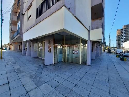 Zona Puerto - Local Comercial En Alquiler 36 Meses