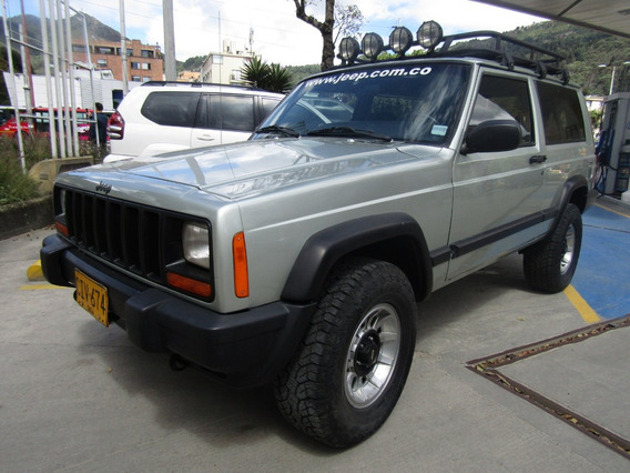 Jeep Cherokee Renegade Mt 4000cc 4x4
