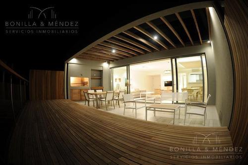 Altamar, 2 Dormitorios, 2 Suites, Toilette, Garage, Verano 2020!!!
