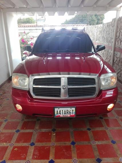 Dodge Dakota 5500 Negociable