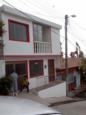 Vendo Casa Rentable En Mesitas Del Colegio Dos Pisos Inde