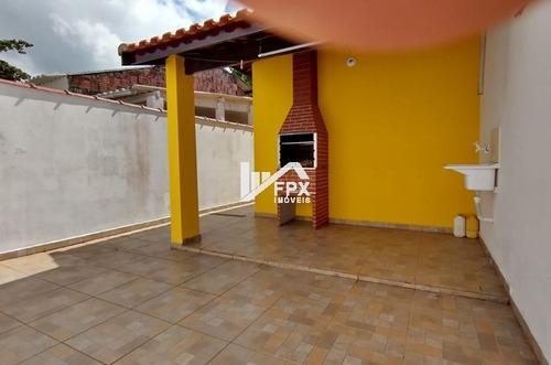 Imagem 1 de 14 de Casa Com Churrasqueira Lado Serra E 02 Vagas