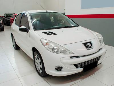 Repasse - Peugeot 207 Active 1.4 Manual - Bom Estado