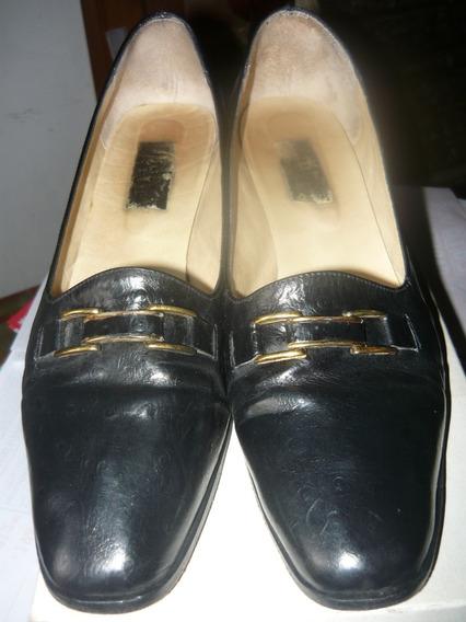 Zapatos Clasicos De Cuero Numero 41 Exelente Estado!