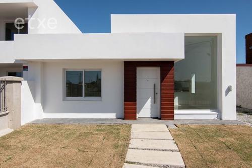 Casa En Venta De 2 Dormitorios En Barros Blancos