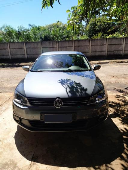 Volkswagen Jetta 2.0 2011/2012 Flex Automático