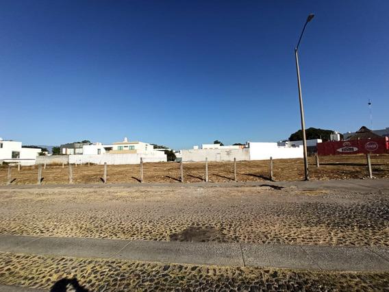 Venta De Terreno Comercial En Avenida La Paz Colima