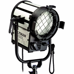 Fresnel Altman 1000l 1000w Luz Profissional Vídeo + Lâmpada