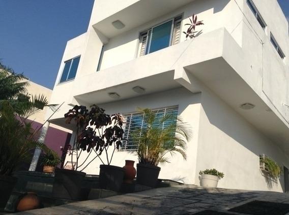 Casa Quinta En Urb. Jardín Mañongo. Wc