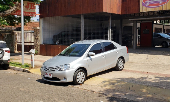 Toyota Etios Sedan Xs 1.5 16v 2016 2016