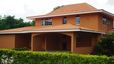Citymax Vende Villa 4 Habitaciones Guavabery Country Club