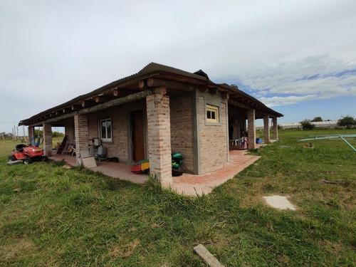 Imagen 1 de 23 de Casa Venta -2 Dormitorios-2 Baño -15500mts2 Totales - Abasto