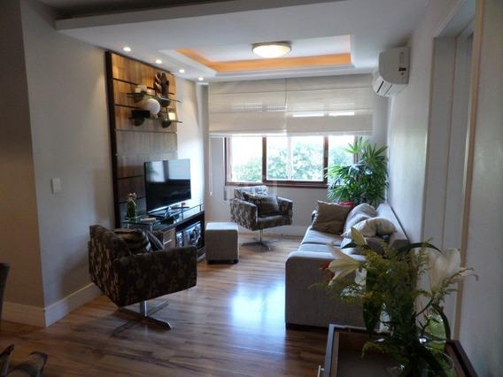 Apartamento Em Petrópolis Com 3 Dormitórios - Bt9856