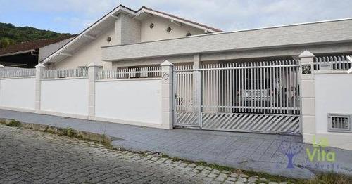 Imagem 1 de 23 de Belíssima Casa No Bairro Vorstadt - Ca0528