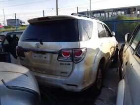 Toyota Sw4 3.0 Srv 4x4 2011 Sucata Para Peças