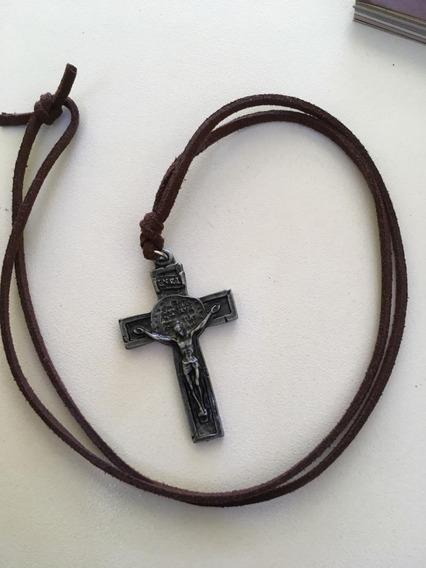 Cruz Da Medalha Das Duas Cruzes Canção Nova( Preto E Marrom)