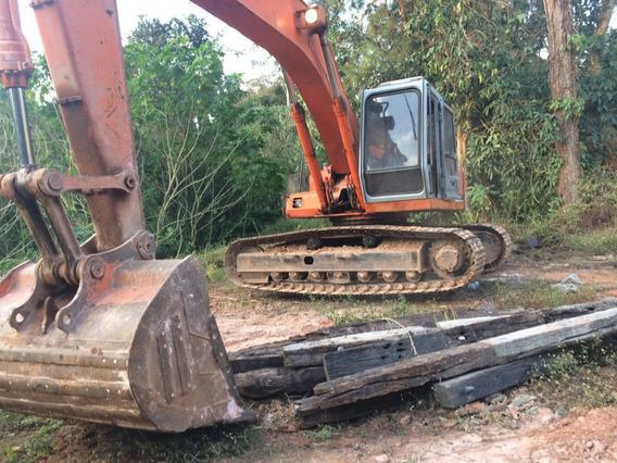 Escavadeira Fh200