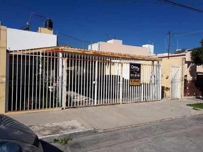 Casa En Venta Fracc. Del Valle 1era. Sección, Ags. Rcv 30576