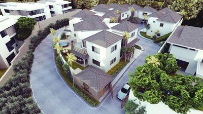 Casa Moderna De 3habs. 2pq, 2 Salas, Jacuzzi, Estudio