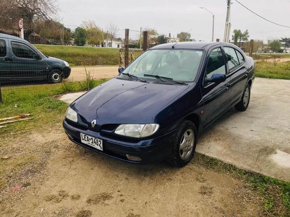Renault Megane 1999 2.0 Rxe
