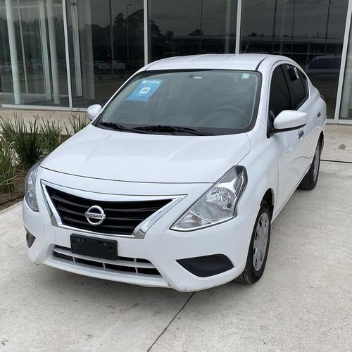 Nissan Versa Sense Automático 1.6 2017