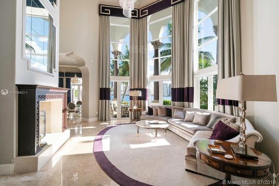 Casa Chalet En Venta Ubicado En Aventi Aventura, Miami