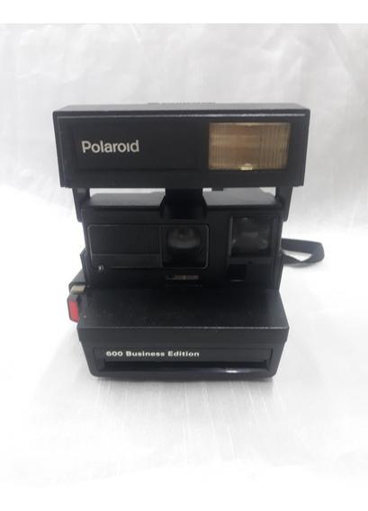 Câmera Fotográfica Antiga Polaroid 600