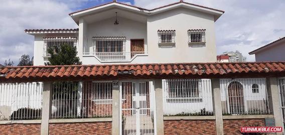 Casa En Venta Valles De Camoruco - Valencia