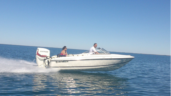 Bermuda Classic Con Evinrude E-tec 115 0hs