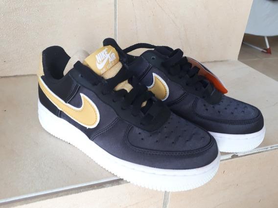 Tênis Nike Air Force One 07 Se