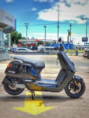 Moto Electrica, Nuuv, N Sport