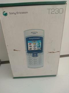 Celular Sony Ericsson Modelo T230 - Claro (caixa E Manual)