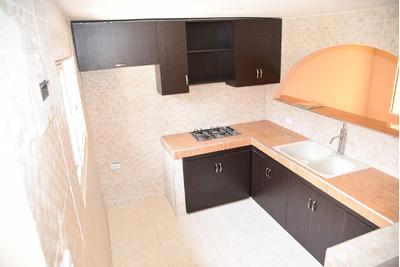 Apartamanto De 4 Habitaciones Y 3 Banos