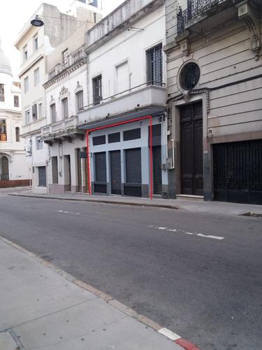 Alquiler Local Con Depòsito Ciudad Vieja, 201m2 En 2 Niveles
