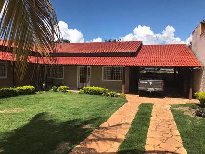 Casa Condomínio Mansões Entrelagos C/ 5 Quartos E 2 Piscinas