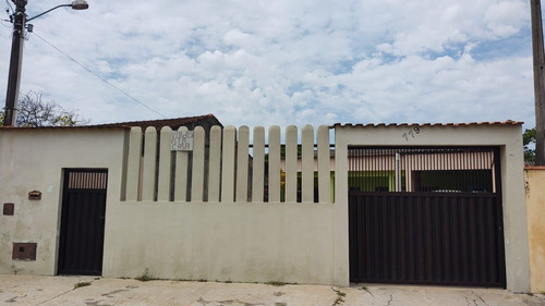 Casa Para Venda Em Itanhaém, Belas Artes, 2 Dormitórios, 2 Banheiros, 5 Vagas - It924_2-1155772