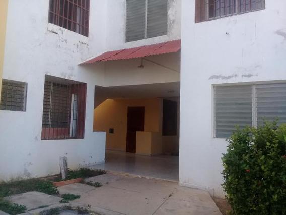 Apartamento En Alquiler, Urbanización Santa Fe, Punto Fijo