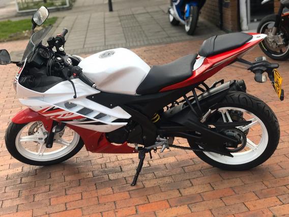 Yamaha R15 2014