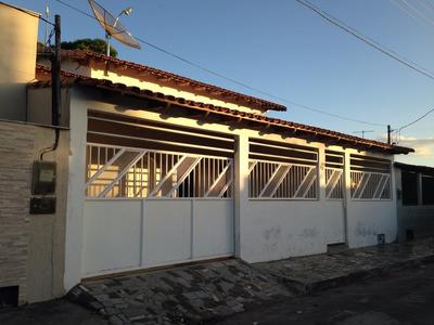 Casa 4 Quartos 2 Banheiros De 180 M2